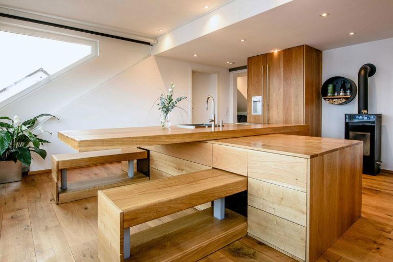 Küchenzeile aus Echtholz